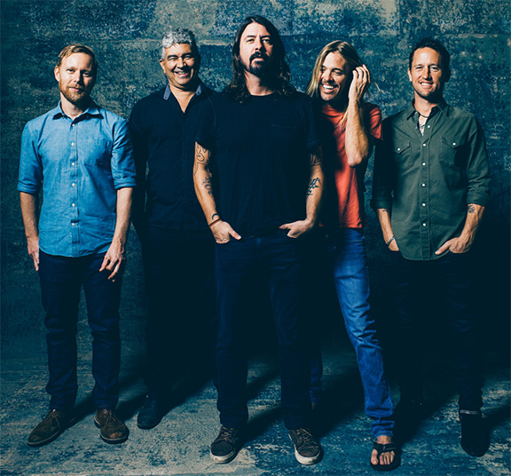 foo-fighters-headliner-pinkpop2015